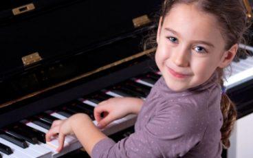 lekcje gry na pianinie dla dzieci