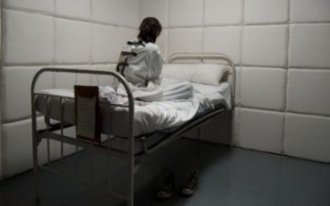lost room escape room w Krakowie - pokój zagadek Psychiatryk